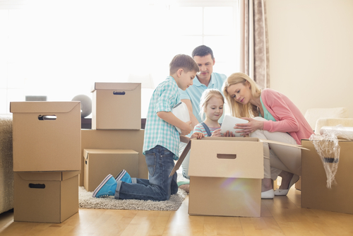 Moving In With Help Of Kids - Moving Company and moving service in los angeles